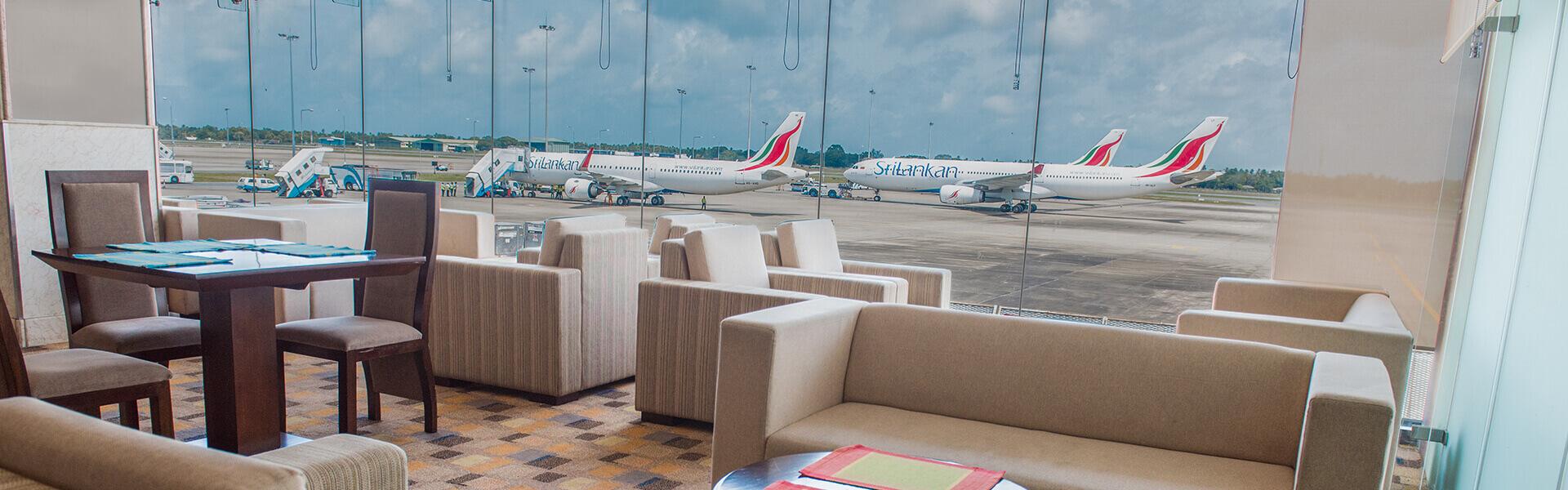 Palm Strip Lounge